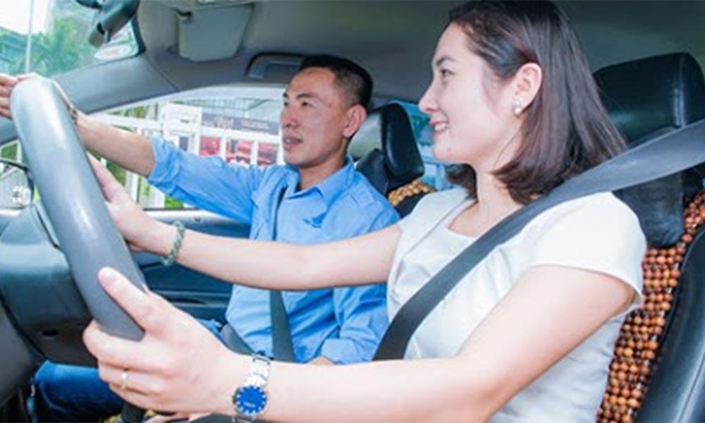 Quá trình đào tạo lái xe tại trung tâm Học lái xe 12h